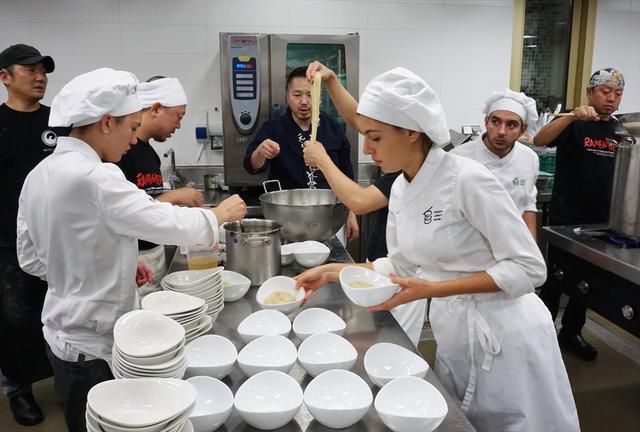画像4: 世界一の美食が集うバスク地方・サン・セバスティアン国際映画祭で拍手喝采!