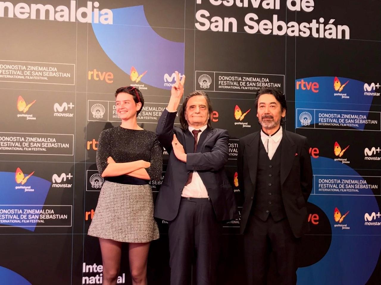 画像: 右より諏訪敦彦監督、ジャン= ピエール・レオー、ポーリーヌ・エチエンヌ サン・セバスチャン国際映画祭