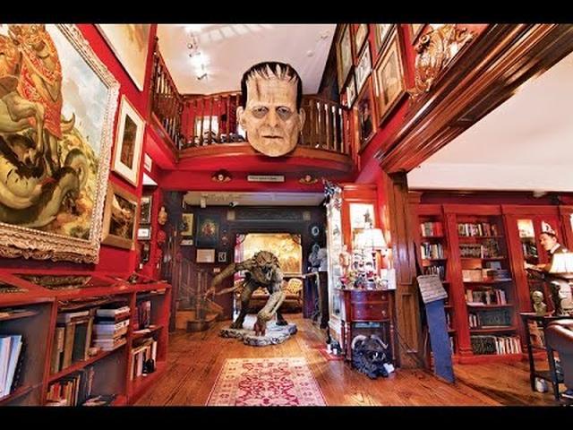 """画像: Guillermo del Toro quer mostrar sua """"Casa Soturna"""" para o mundo (legendado) youtu.be"""