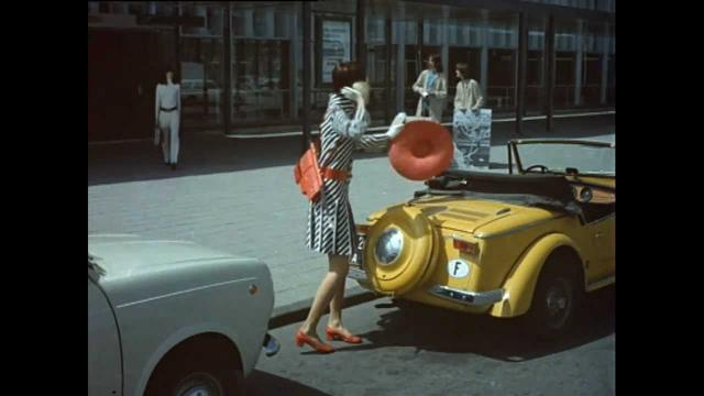 画像: Jacques Tati Trafic - Trailer youtu.be