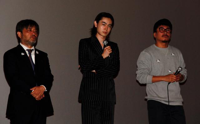 画像: 左より 岸 善幸監督 菅田将暉  ヤン・イクチュン