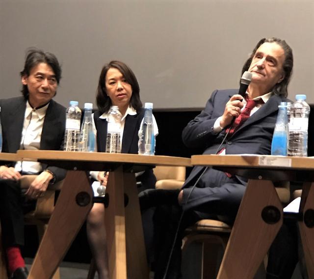 """画像3: 釜山国際映画祭""""名物""""ハンドプリンティング!今年は『ライオンは今夜死ぬ』主演のヌーヴェルヴァーグを代表するジャン=ピエール・レオーが--"""
