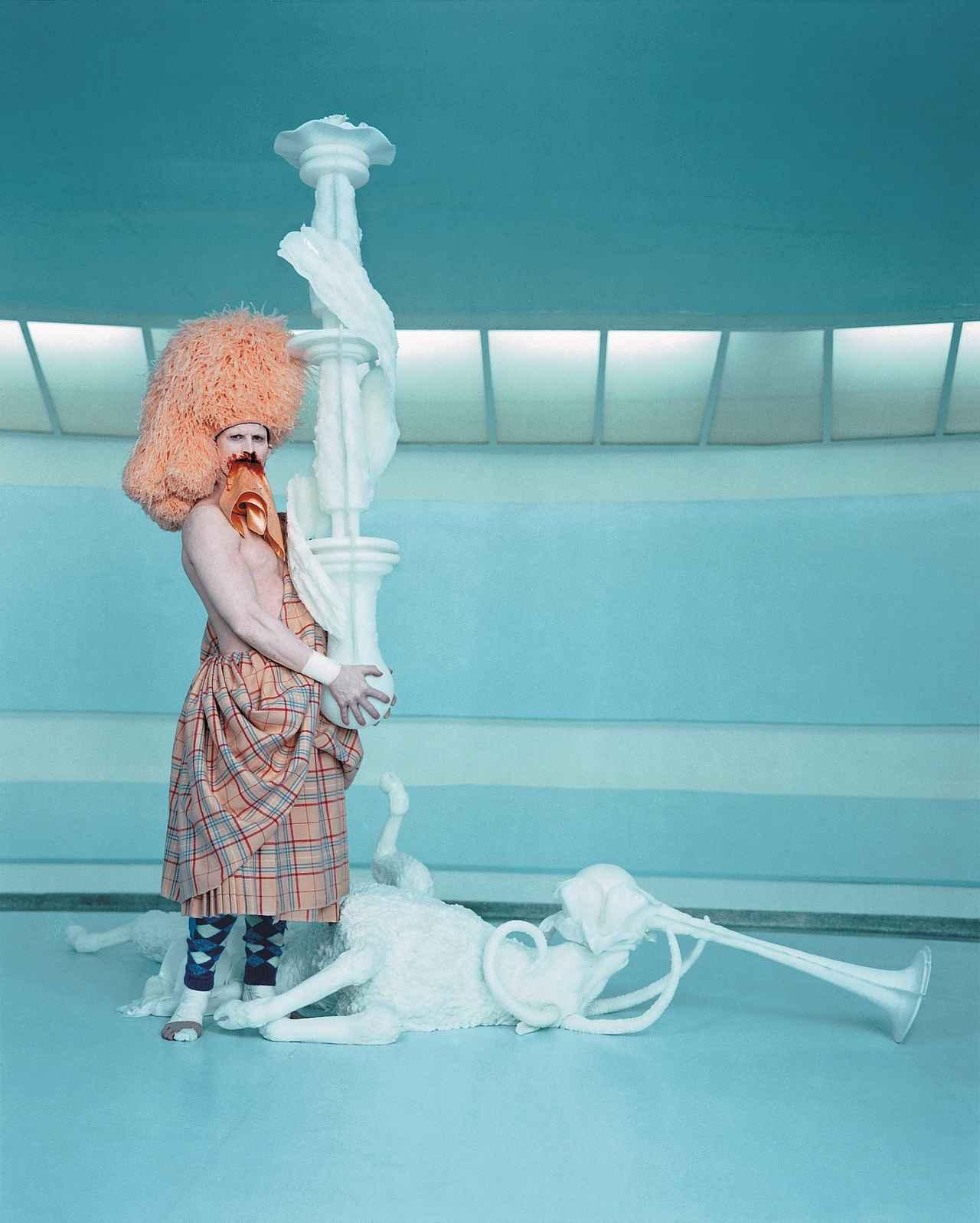 画像: CREMASTER 3, 2002 Photo Chris Winget Matthew Barney, courtesy Gladstone Gallery, New York and Brussels