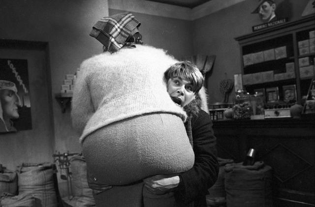 画像4: (C) 1973 - F.C. PRODUZIONI S.R.L – PROCUCTIONS ET EDITIONS CINEMATOGRAPHIQUES FRANCAISES.