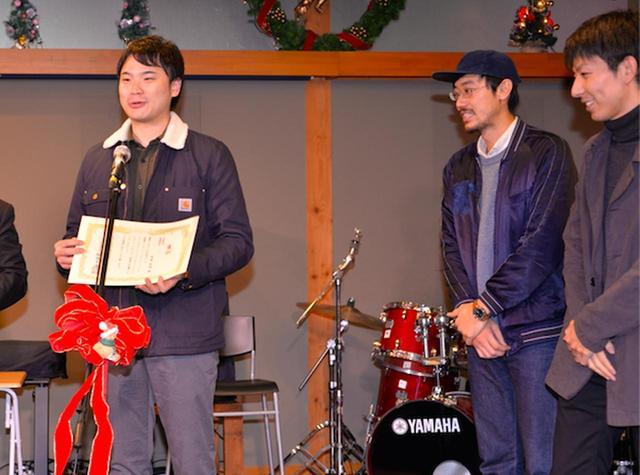 画像: 『HIDAMARI』出演の鈴木佑真さんと製作陣の方々