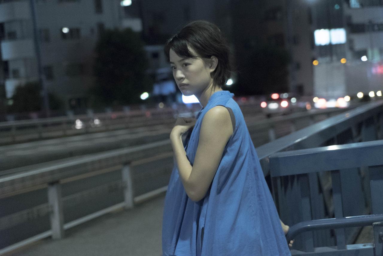 画像3: (C) 2017「映画 夜空はいつでも最高密度の青色だ」製作委員会