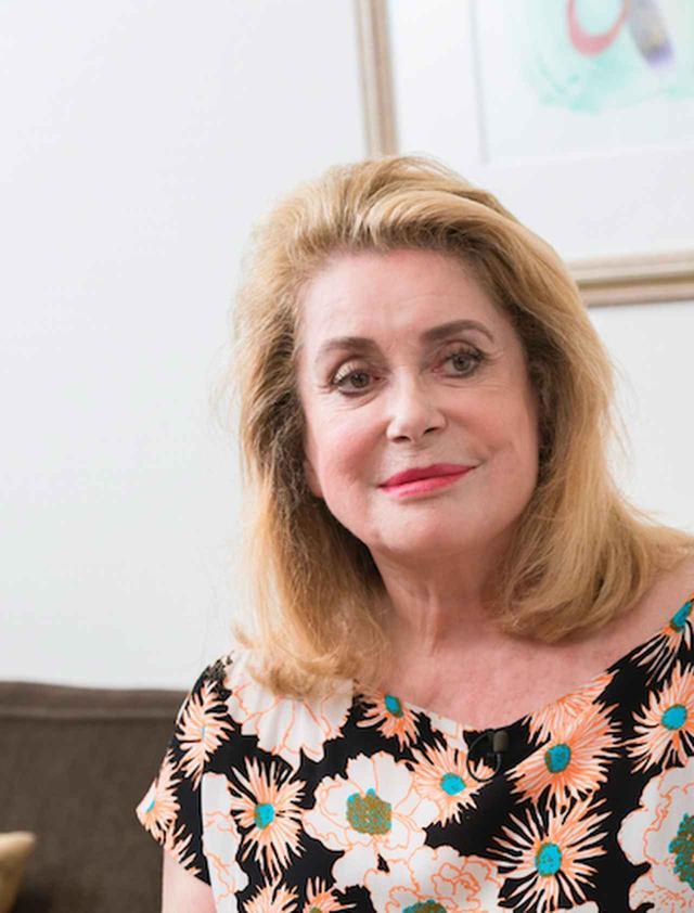 画像: 映画界に咲き誇る大輪の花カトリーヌ・ドヌーヴ 貴重なオフィシャルインタビューが到着!