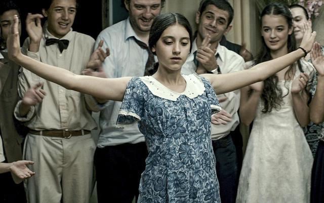 画像3: 世界の映画祭で30もの受賞をした『花咲くころ』