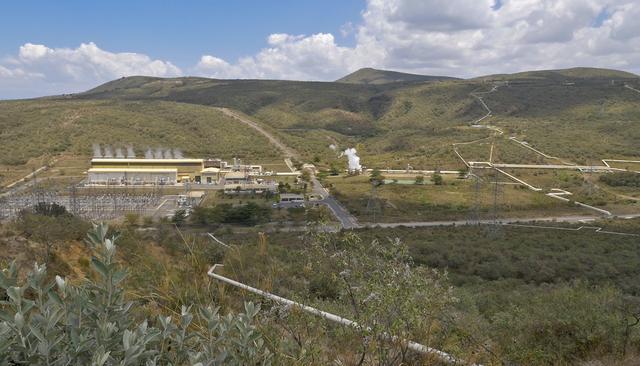 画像: 地熱発電所