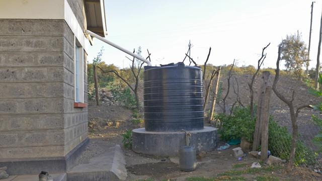 画像: 給水タンク