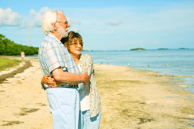画像: 映画界至宝の共演で贈る、70 歳の夫婦が繰り広げる最高のロードムービー!
