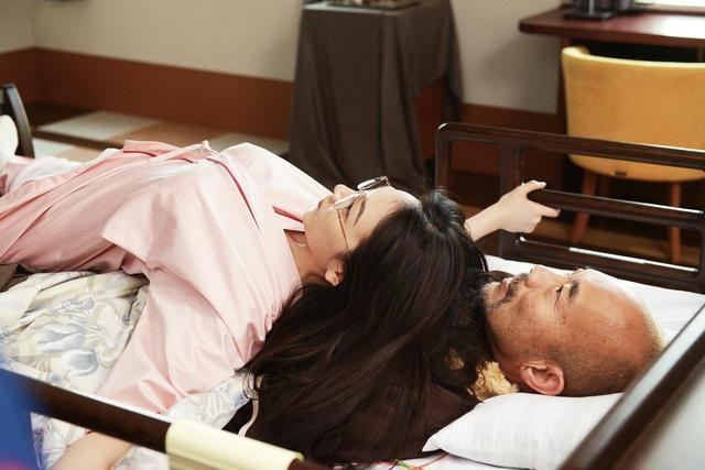 画像6: ©清智英・大倉かおり/講談社・2018映画「レオン」製作委員会