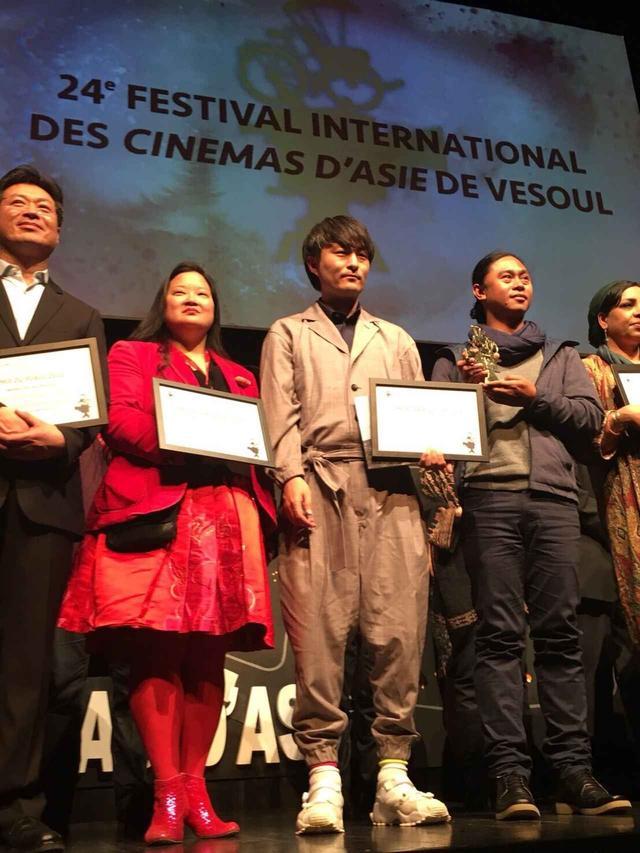 画像: 日本人初の快挙-第 24 回ヴズール国際アジア映画祭<国際審査員グランプリ>受賞!森ガキ侑大監督『おじいちゃん、死んじゃったって。』