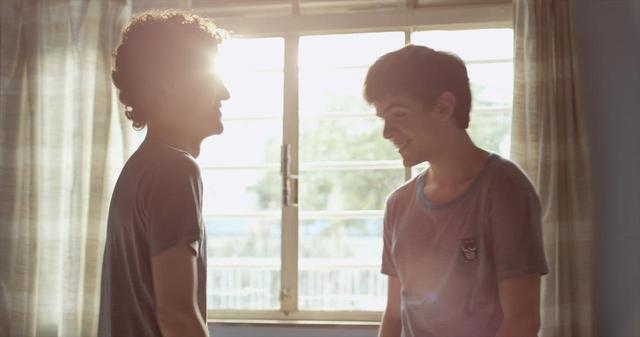 画像13: ブラジルの輝く太陽とベル・アンド・セバスチャンの名曲「トゥー・マッチ・ラヴ」の珠玉のコラボレーションが生んだ、 青春映画の新たなマスター・ピース‼『彼の見つめる先に』