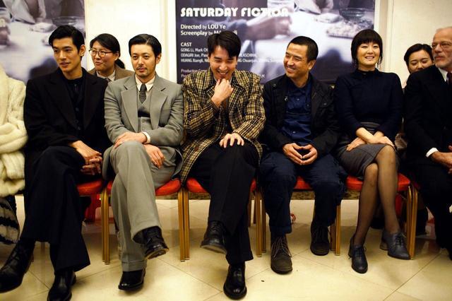 画像: 制作発表!コン・リー主演、日本からオダギリジョー、中島歩が出演!1940年代「上海租界」を舞台としたスパイ映画-ロウ・イエ監督『SATURDAY FICTION』