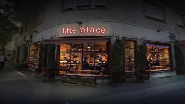 画像: 『ザ・プレイス』 The Place (監督:パオロ・ジェノヴェーゼ)/105 分