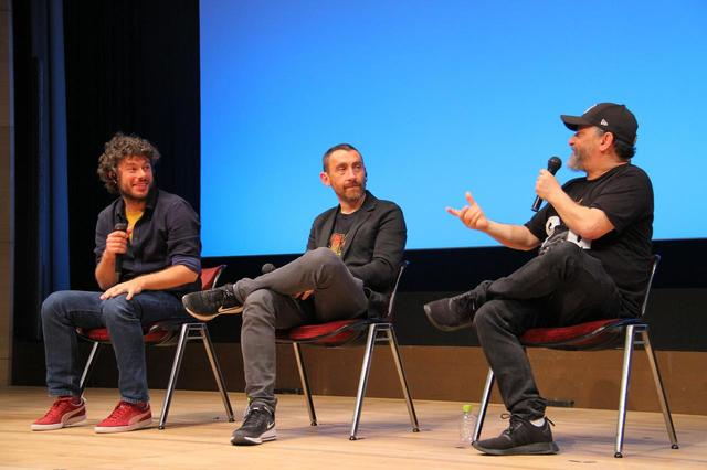 画像: ▲左よりシドニー・シビリア監督、アントニオ・マネッティ、マルコ・マネッティ