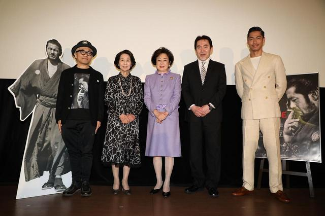 画像: 右よりAKIRA、三船史郎、司葉子、 香川京子、(MC) 水道橋博士
