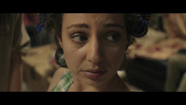 画像: 戦争状態の中、日常を生きる女性たちをワンシチュエーションで描く衝撃作『ガザの美容室』予告 youtu.be