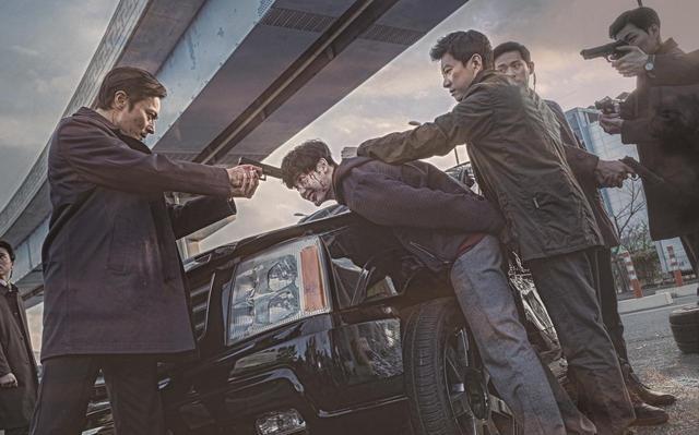 画像1: チャン・ドンゴン × イ・ジョンソク!猟奇的な描写で賛否両論を巻き起こしたパク・フンジョン監督の問題作『V.I.P. 修羅の獣たち』未公開場面写真を一挙解禁!