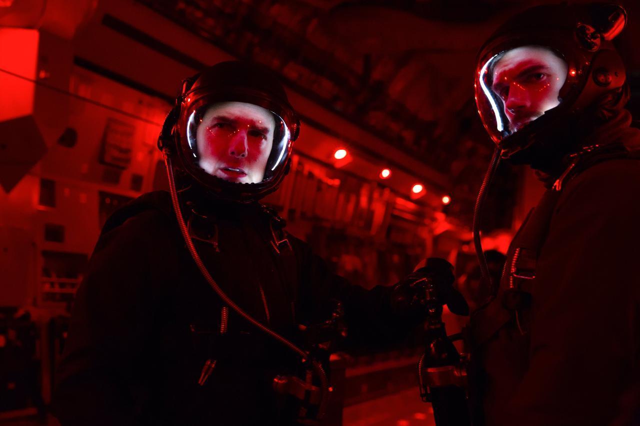 画像: 映画史に残るアクション!スタントなしのトム・クルーズ-上空7620mから時速320キロで落下!! 特別メイキング映像!『ミッション:インポッシブル/フォールアウト』