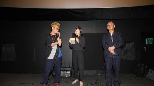 画像: 左より二宮 健 監督と梅川治男プロデューサー (中央は司会者) ©Buchon International Fantastic Film Festival