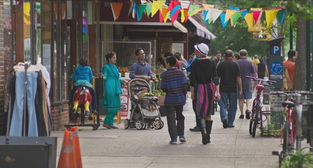 画像: ニューヨークがニューヨークであるために、なくてはならない町の今。 巨匠フレデリック・ワイズマンの傑作『ニューヨーク、ジャクソンハイツへようこそ』 - シネフィル - 映画とカルチャーWebマガジン