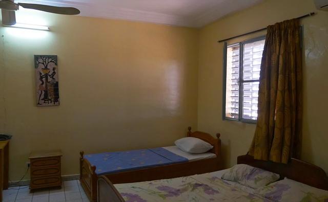 画像: 絵画のある部屋