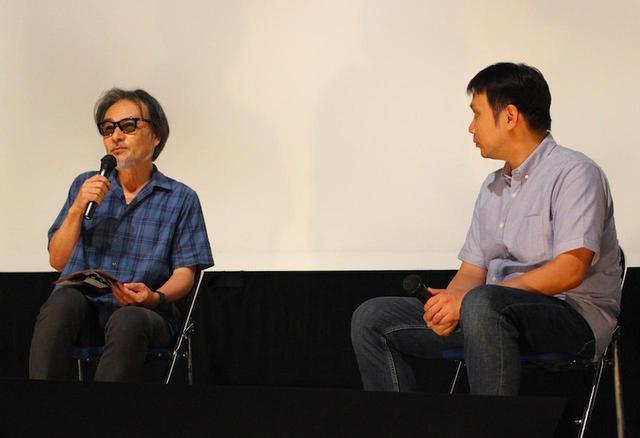 画像: 左より黒沢清監督、濱口竜介監督
