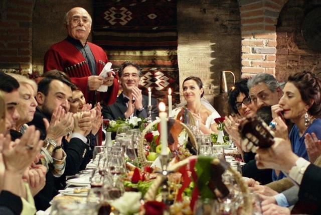 画像3: 世界最古のワイン発祥の地ジョージア(グルジア)から届いたエルダル・シェンゲラヤ監督の21年ぶり最新作-辛口ワインのような人間賛歌『葡萄畑に帰ろう』予告!