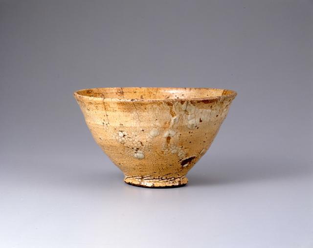 画像: 小井戸茶碗 銘「六地蔵」 朝鮮時代 泉屋博古館分館蔵 展示:全期間