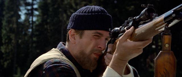 画像2: 製作40周年記念!マイケル・チミノ監督最高傑作にしてロバート・デ・ニーロ主演の不朽の名作『ディア・ハンター 』が4Kデジタル修復版で公開!