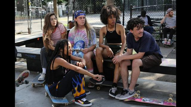 画像: Skate Kitchen Official Trailer - Starring The Skate Kitchen and Jaden Smith youtu.be