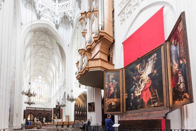 画像: 《聖母大聖堂》 ベルギー・フランダース政府観光局提供