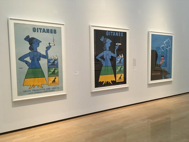 画像: 左)《ジターヌ》1955年 ポスター(リトグラフ、紙)パリ市フォルネー図書館蔵 真ん中)《ジターヌ》1953年 ポスター(リトグラフ、紙) パリ市フォルネー図書館蔵 右)《シガレット・フランセーズ》1965年 ポスター(リトグラフ・オフセット印刷、紙) パリ市フォルネー図書館蔵 photo©︎cinefil