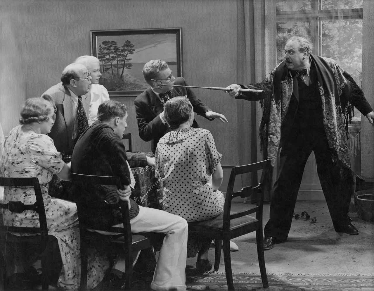 画像: 『ペンション「楽園」』場面写真 (1937)監:ヴェイレル・ヒルデブランド 現在でもスウェーデン国民から愛される大衆喜劇