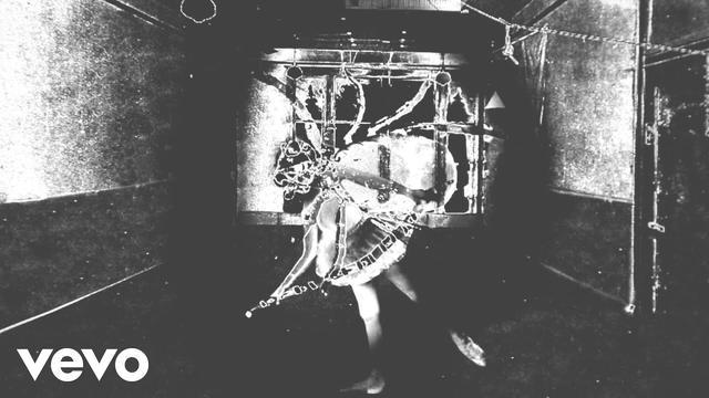 画像: Nine Inch Nails - Came Back Haunted youtu.be
