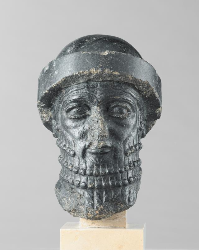 画像: 《王の頭部》、通称《ハンムラビ王の頭部》バビロン第1王朝、前1840年頃イラン、スーサ出土 Photo © Musée du Louvre, Dist. RMN-Grand Palais / Raphaël Chipault /distributed by AMF-DNPartcom
