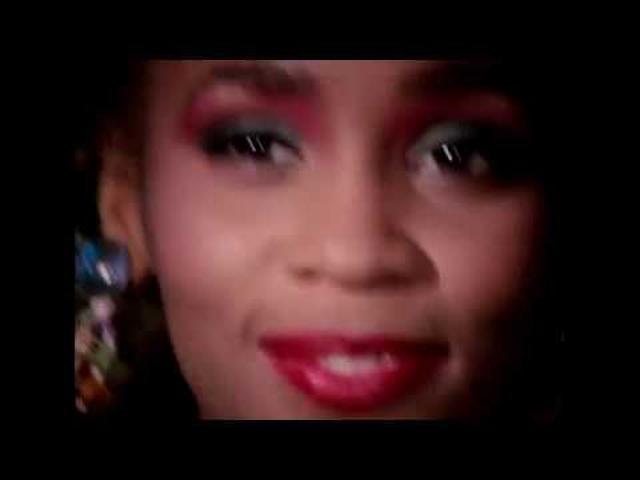 画像: 歌姫ホイットニー・ヒューストンの波乱万丈の生涯に迫る『ホイットニー~オールウェイズ・ラヴ・ユー~』予告 youtu.be