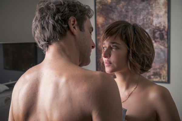 画像3: 盲目の女性とプレイボーイが出逢い、傷つけ合いながらも変化していく、「大人の恋」。イタリアの名匠シルヴィオ・ソルディーニ監督『エマの瞳』予告
