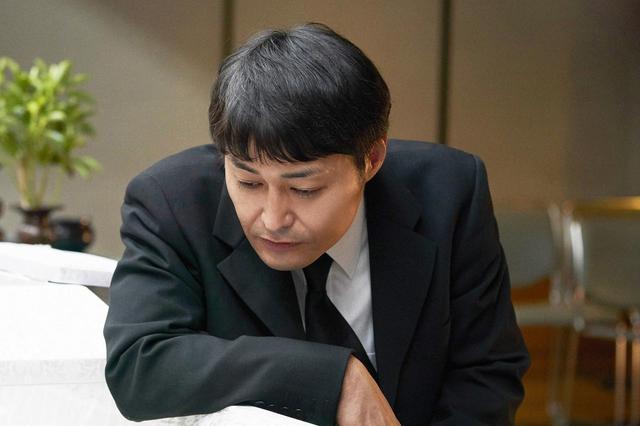 画像4: ©宮川サトシ/新潮社 ©2019「母を亡くした時、僕は遺骨を食べたいと思った。」製作委員会