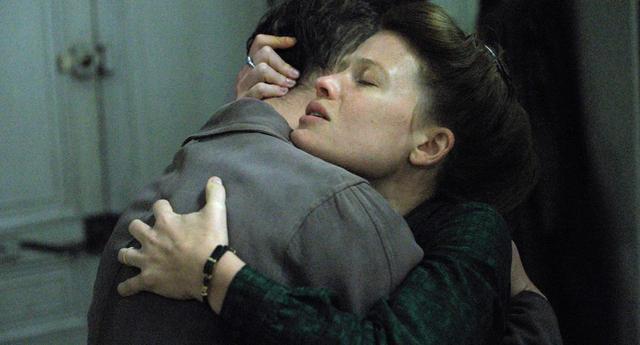 画像4: マルグリット・デュラスの自伝的小説の映画化『あなたはまだ帰ってこない』-セザール賞の主要8部門ノミネート!作家、文学者等からも絶賛コメント!