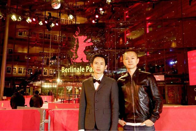画像: ※第 69 回 ベルリン国際映画祭 メイン会場にて 左よりルー・ユーライ、近浦啓監督 (C)2018 CREATPS/MYSTIGRI PICTURES