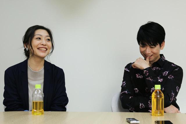 画像: 左より内田慈さん、手塚とおるさん