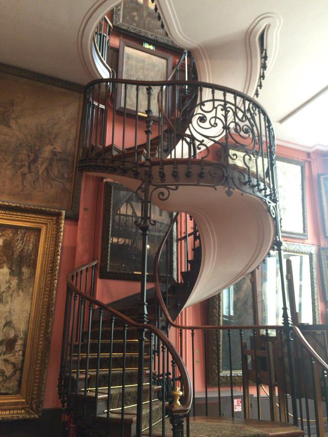 画像: パリ ギュスターヴ・モロー美術館内螺旋階段 photo©︎cinefil