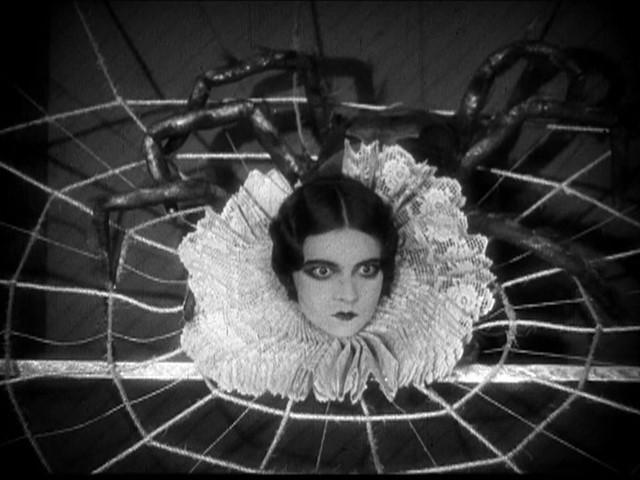 画像: 『見世物』(1927/アメリカ映画/76 分/サイレント映画/BD) 監督:トッド・ブラウニング 出演:ジョン・ギルバート、ルネ・アドレー、ライオネル・バリモア
