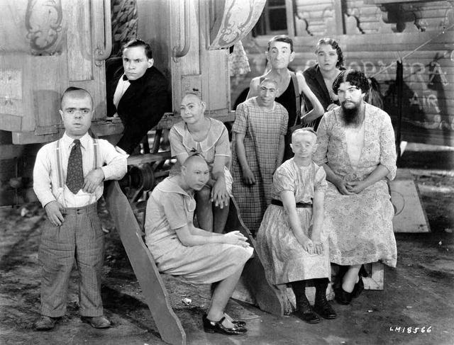 画像: 『フリークス』(1932/アメリカ映画/64 分(オリジナル版 90 分)/35 ミリ) 監督:トッド・ブラウニング 出演:ハリー・アールズ、ウォーレス・フォード、オルガ・バクラノヴァ