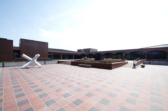 画像: リニューアルオープンした福岡市美術館- photo(C)mori hidenobu -cinefil art review