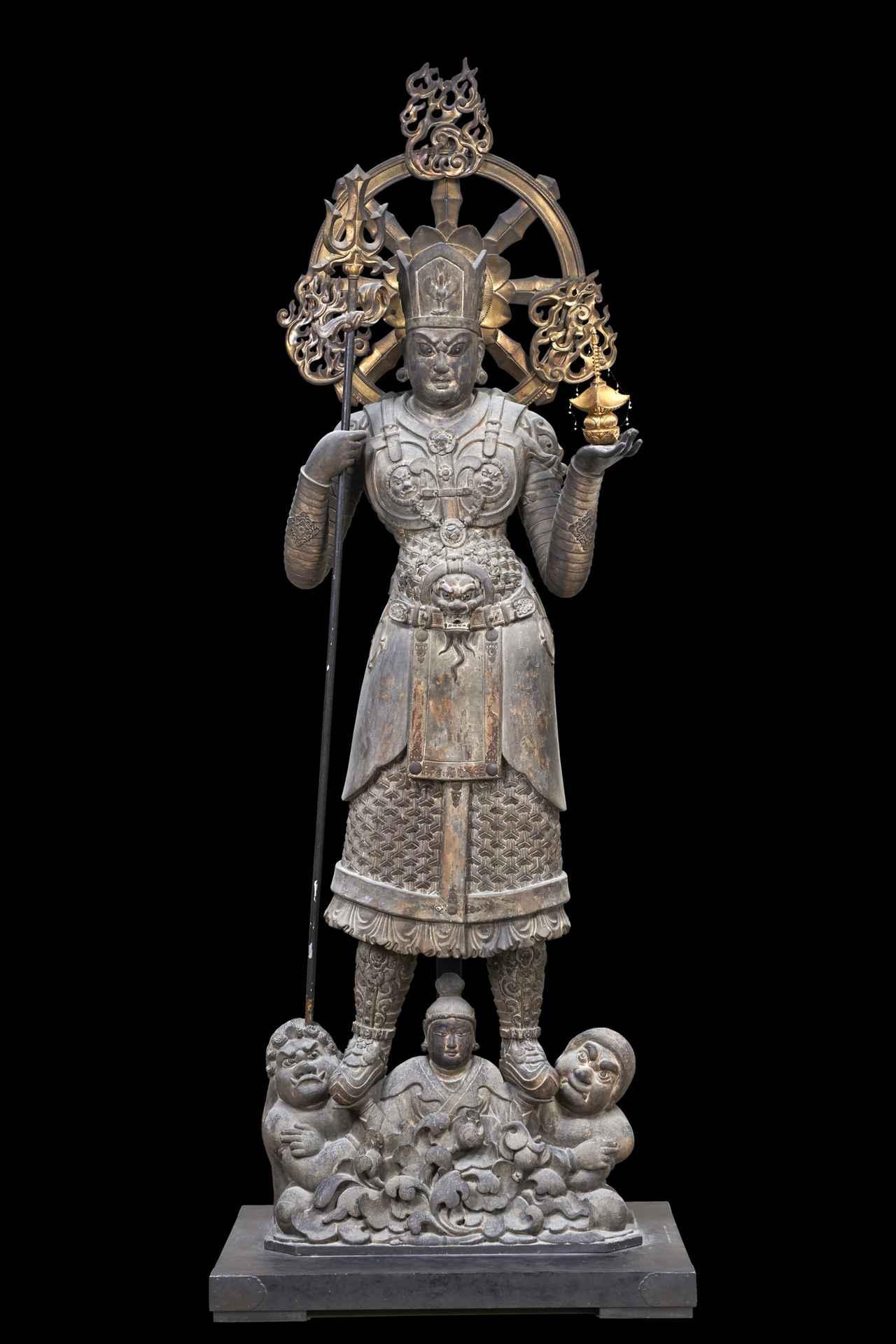 画像: 国宝《兜跋毘沙門天立像》中国 唐時代・8世紀 東寺蔵
