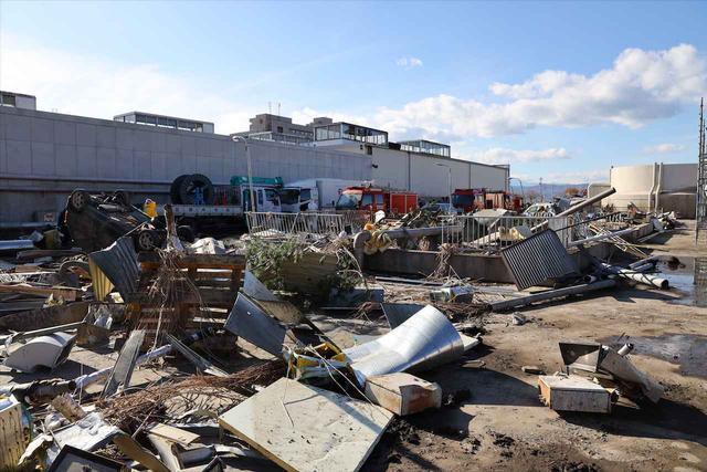 画像: 図1「津波で破壊された原発屋内」 © 2020『Fukushima 50』製作委員会